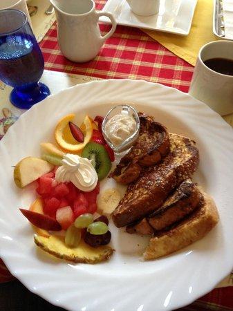 B&B 4 Saisons: déjeuner du samedi matin