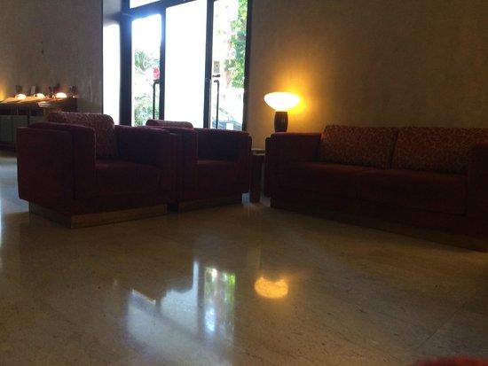 Hotel Nuova Grosseto: Hall