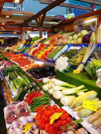 Kleinmarkthalle : Fresh produce
