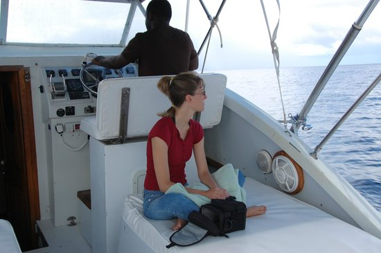 Hackshaw's Boat Charters: waiting patiently