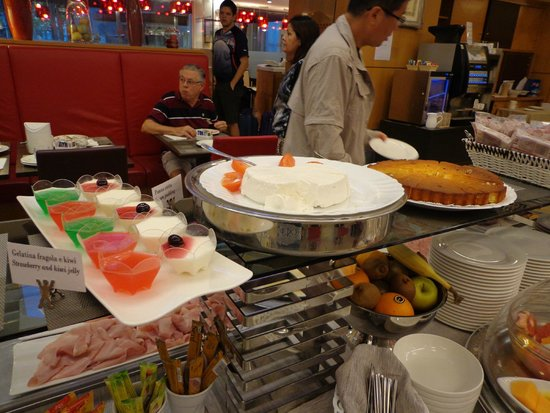 Windsor Hotel Milano: breakfast