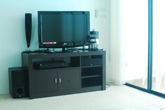 Sai Naam Lanta Residence: tv set