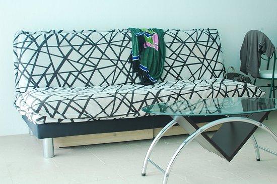 Sai Naam Lanta Residence: sofa bed