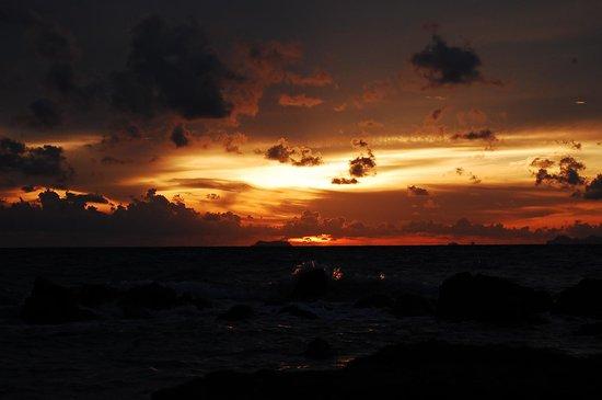 Sai Naam Lanta Residence: sunset