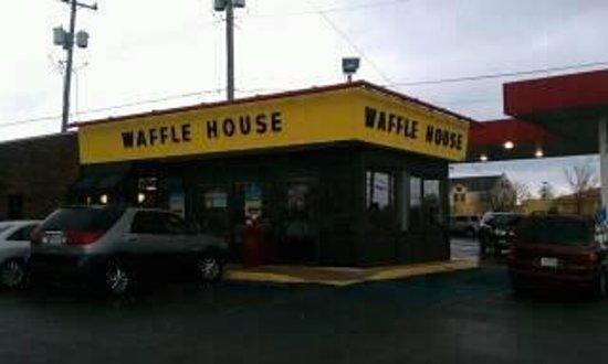 Waffle House Rangeline - Picture of Waffle House, Joplin