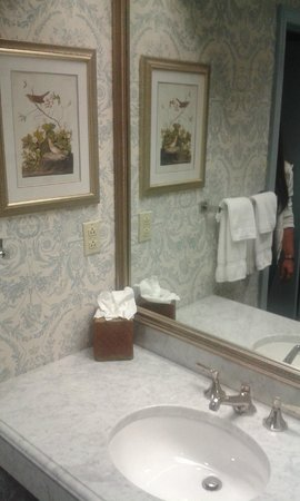Farmington Inn: bagno