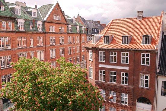 1 picture of copenhagen downtown hostel copenhagen for Kopenhagen hostel