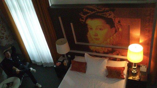 Room Mate Laura: Habitación desde arriba
