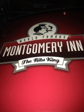 Montgomery Inn at the Boathouse: Truly the rib king!