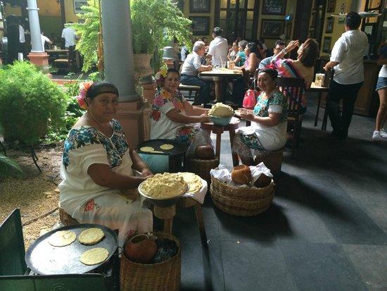 La Chaya Maya: Hand-made tortillas
