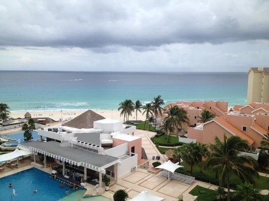 Omni Cancun Resort & Villas: View from the 18th Floor (rm 1845)