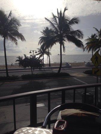 Deck Restaurant At Sea Club: Ausblick vom Restaurant