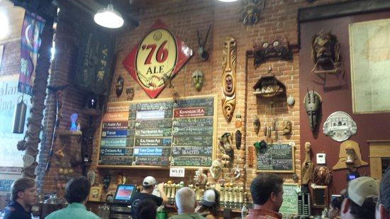 Bell's Eccentric Cafe : Bell's
