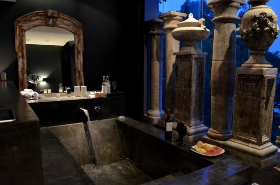 Hotel Demetria: 302 urban bath