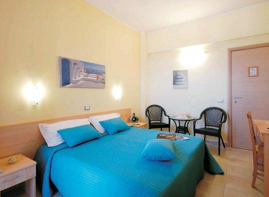 Hotel Caggiari: Camera Rosa dei Venti