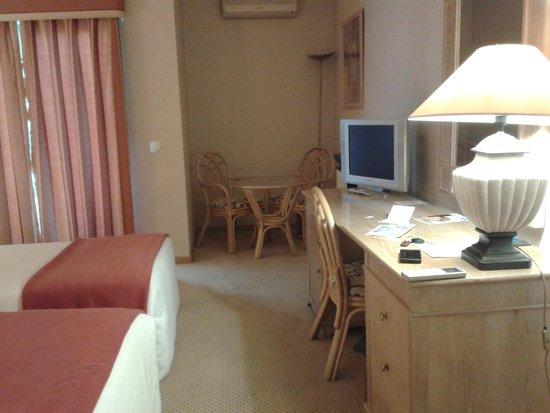 Riviera Hotel Carcavelos : Precioso el detallito de las sillas de bambú