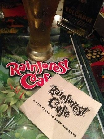 Rainforest Cafe: Draft Beer and the menu