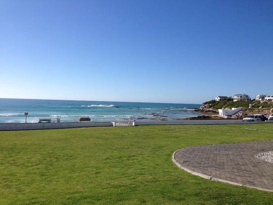 Arniston Spa Hotel: view from the deck over the bay