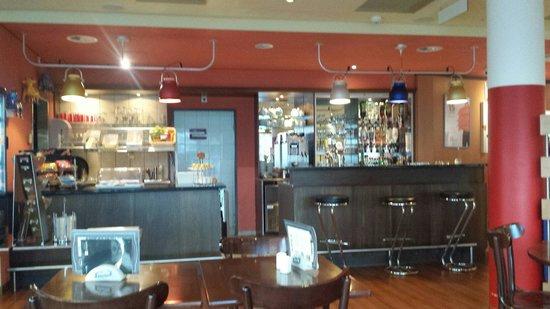Hotel ibis Fribourg : Bar