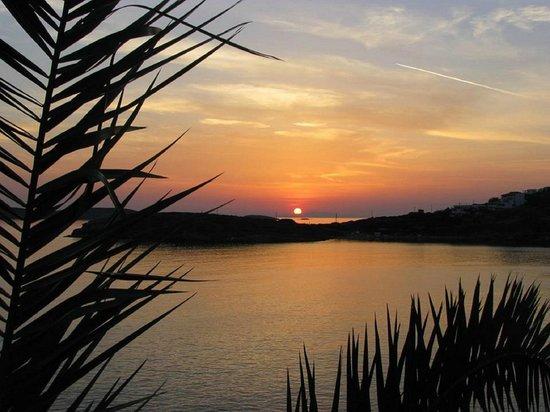 Dora 1 Studios: Batsi sunset