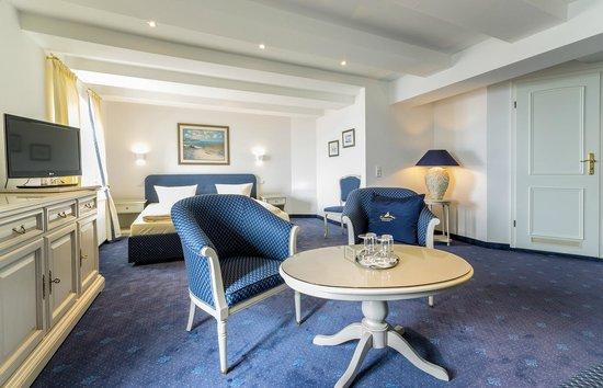 Hotel Am Yachthafen: Doppelzimmer Seeblick Kat.A