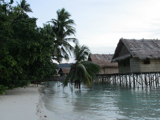 Raja Ampat Islands: Paradise Resort Bungalows