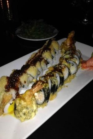Seven Sushi Ultralounge and Skybar: Firecracker and Crunchy Roll!  YUMMY!