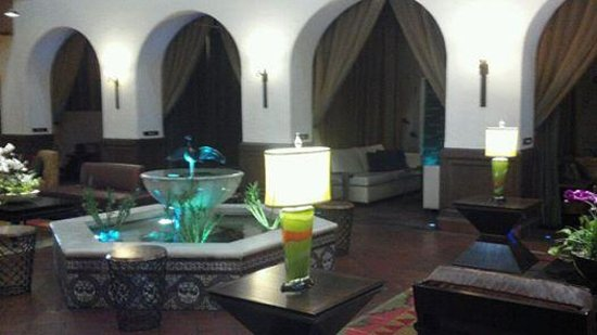 Hotel Andaluz : More Lobby - aesthetically pleasing & artsy