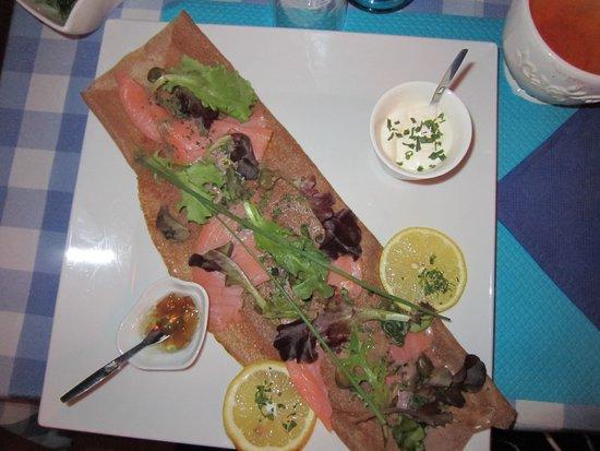 Fleur de Sel : Crepe with salmon