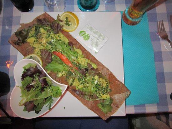 Fleur de Sel : Crepe with avocado and shrimp