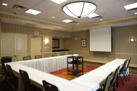 hilton garden inn hattiesburg multifunctional meeting space - Hilton Garden Inn Hattiesburg