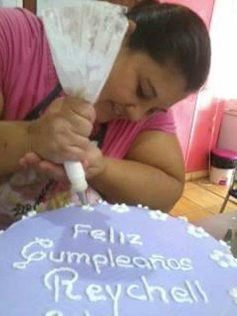 Panaderia & Heladeria Princesa Bakery & Ice Cream Parlor: Xinia hard at work