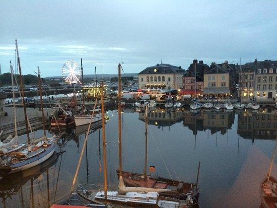 Bistro des Artistes: View on harbour