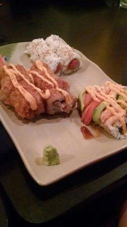 Takosushi : Cary's Roll,  Spicy Tuna,  Crazy Roll