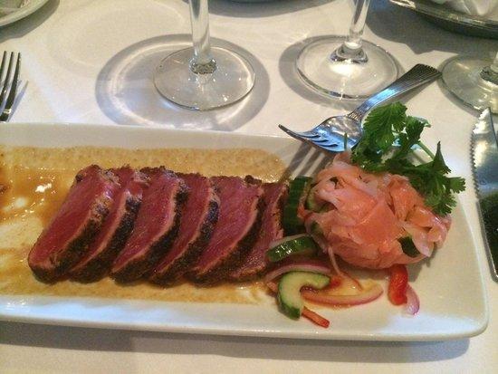 Ruth's Chris Steak House: Ahi tuna