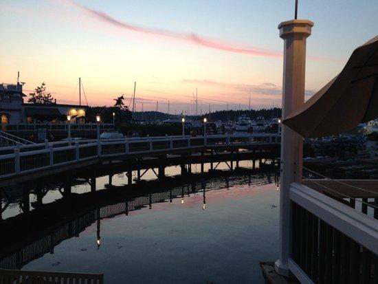 Hotel de haro gardens picture of roche harbor resort for Roche harbor resort cabins