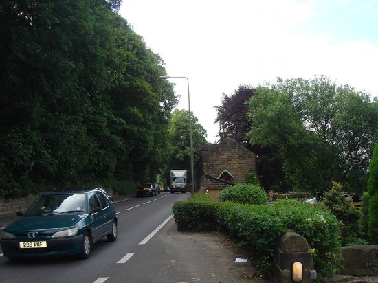 Holmefield Guesthouse: front location