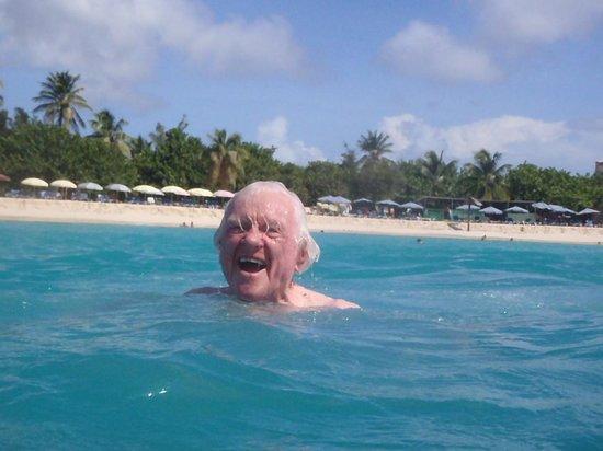 Simpson Bay, St-Martin/St Maarten: ALL ages!