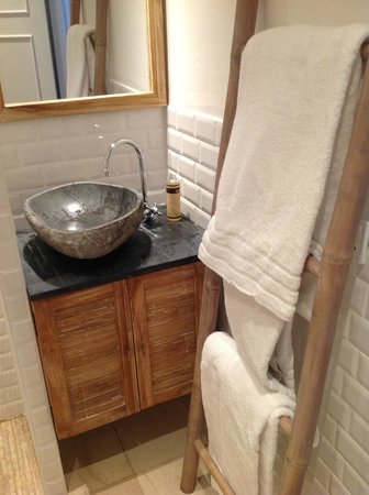 Babette Guldsmeden - Guldsmeden Hotels: Recently remodeled bathroom