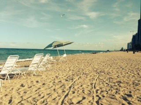 Turnberry Isle Miami Autograph Collection Ocean Club Beach