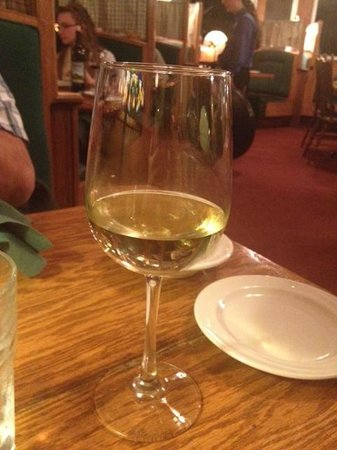 Apple Farm : local wine selection