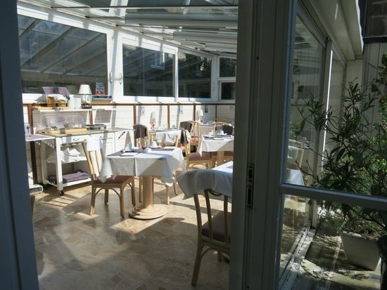 Quic en Groigne : breakfast room