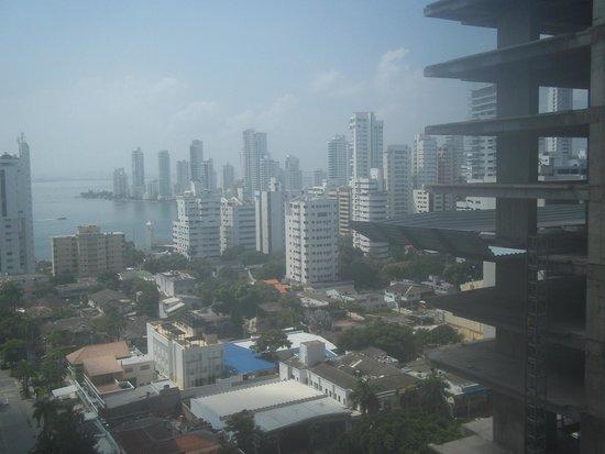 Hotel Capilla del Mar: Vista de la ciudad - limitada por construcción lindera