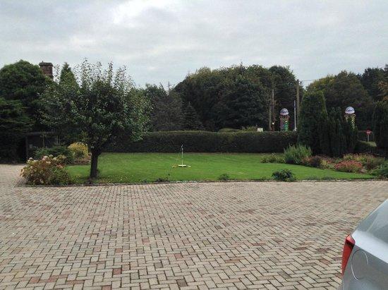 Farley Cottage : Front Garden