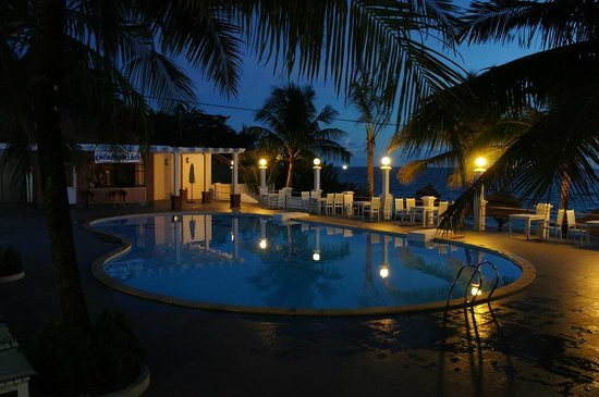 Thien Thanh Resort: ночной бассейн Thien Thanh