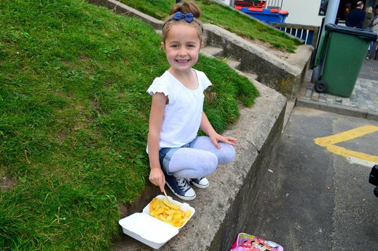 The Seaview Restaurant: fish n chips