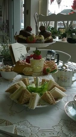 The Vintage Tea Emporium: Afternoon Tea for 2