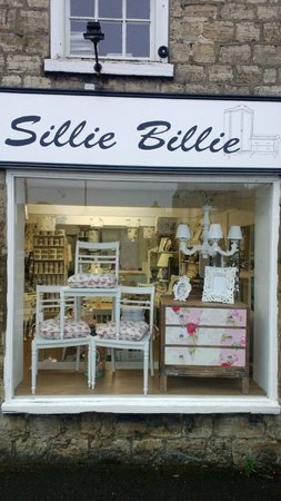 Wetherby, UK: Shop front, opposite the New Inn, pop in for a natter about interiors ;-)