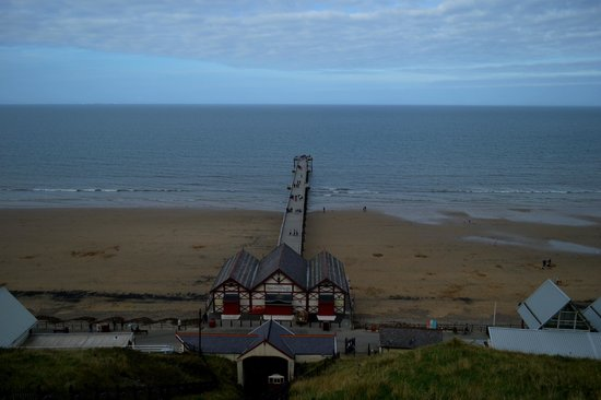 Saltburn Cliff Lift: pier from the lift