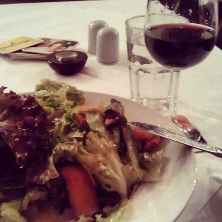 Gasthaus Rebhuhn: Chicken salad